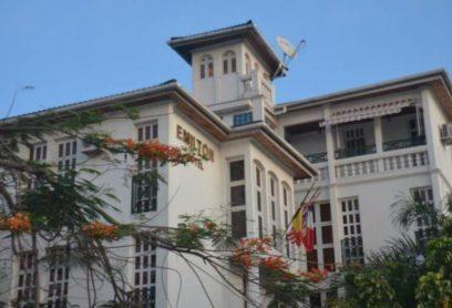 l'Hotel Emilton Saint Jean Situé à Kinshasa, à 600 mètres de l'hôpital pédiatrique Kalembelembe  Lingwala