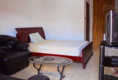 l'auberge Albert De Luxe se trouve à Kinshasa Mont-Fleury Appartement Chambre avec Salon