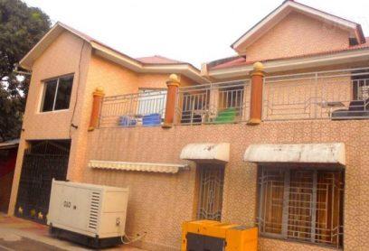 Flat Hotel Christen Lodge est situé à Kinshasa Bandal L'hôtel dispose d'un centre d'affaires equipe