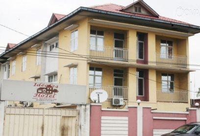 Hôtel Idéal 24 est situé dans un quartier résidentiel de Limete Industriel à Kinshasa