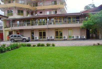 l'Hotel Ascension est situé à Kinshasa Gombe sur l'avenu Colonel TSHATSHI,